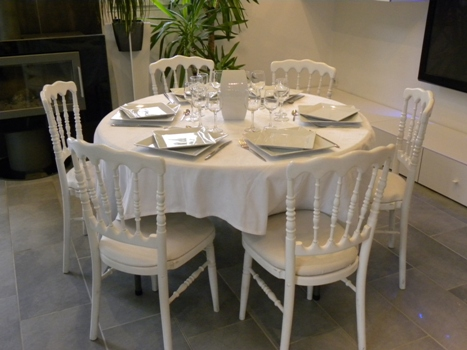 location de table ronde diam tre 120 cm 6 personnes